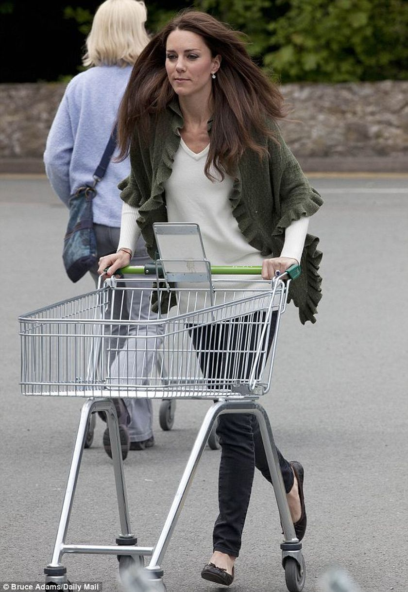 Kate middleton casual style outfit 11