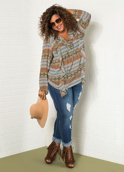 Plus size boho outfit style 42