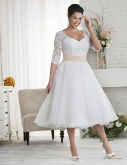 Plus size wedding dresses with sleeves 30