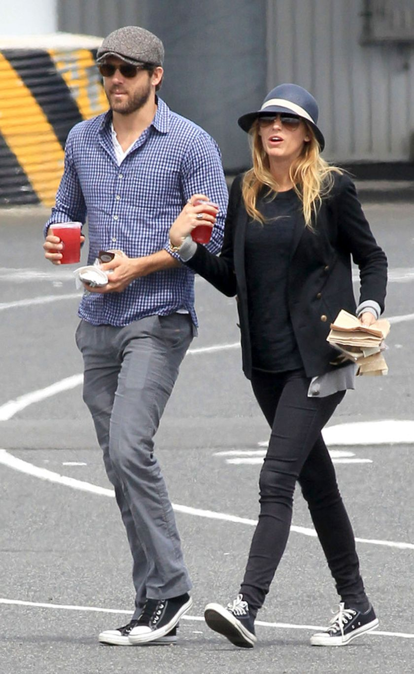 Ryan reynolds casual outfit style 3