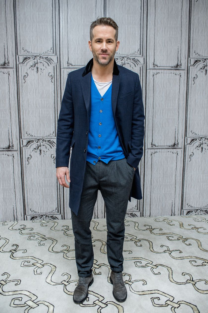 Ryan reynolds casual outfit style 32