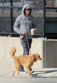 Ryan reynolds casual outfit style 39