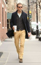 Ryan reynolds casual outfit style 54