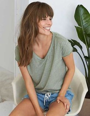 Sexy soft v neck tees women outfit style 22