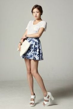 Sexy soft v neck tees women outfit style 56