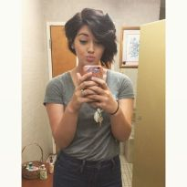 Short asymmetrical bobs hairstyle haircut 5