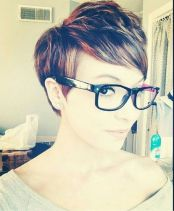 Short hair pixie cut hairstyle with glasses ideas 58