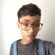 Short hair pixie cut hairstyle with glasses ideas 6
