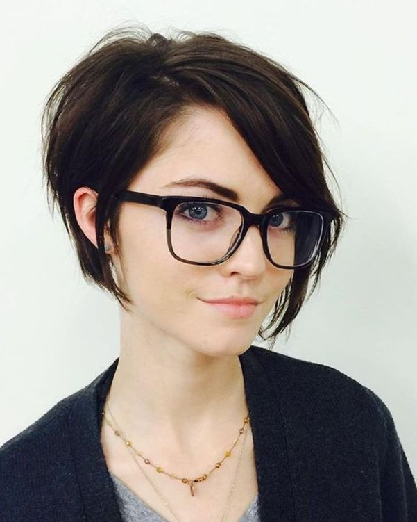 100 Best Short Hair Pixie Cut Hairstyle with Glasses Ideas That You ...