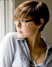 Short hair pixie cut hairstyle with glasses ideas 8