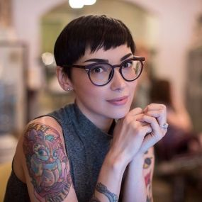 Short hair pixie cut hairstyle with glasses ideas 93