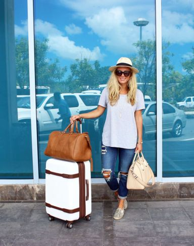 Summer airplane outfits travel style 16