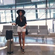 Summer airplane outfits travel style 26