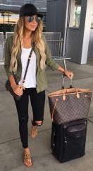 Summer airplane outfits travel style 6