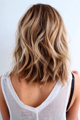Summer hairstyles for medium hair 22