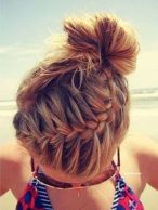 Summer hairstyles for medium hair 25