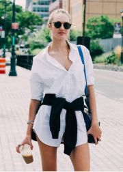 Awesome oversized white shirt outfit style ideas 3