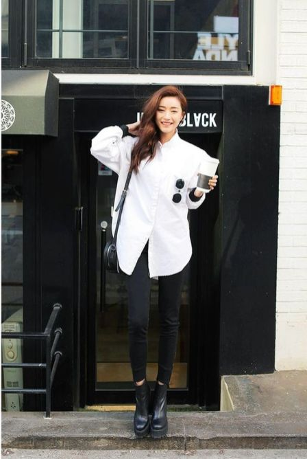 Awesome oversized white shirt outfit style ideas 34