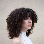 Beautiful curly layered haircut style ideas 71