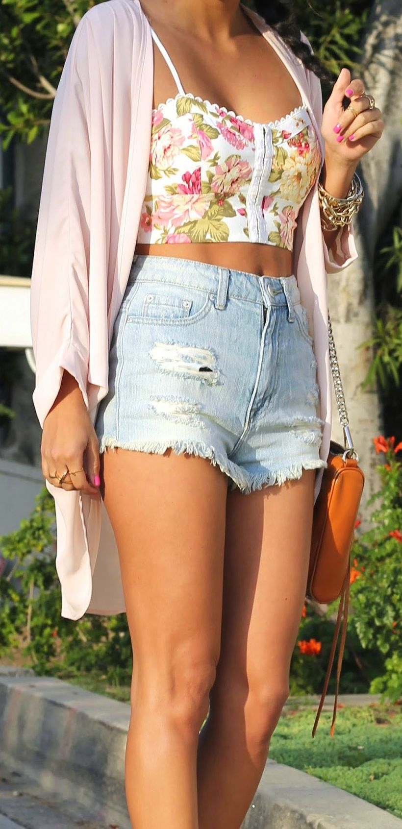 Best high waisted short denim outfits style 11