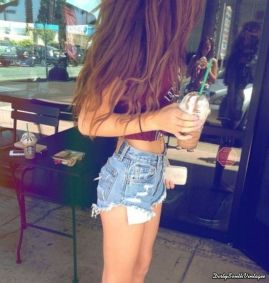 Best high waisted short denim outfits style 17