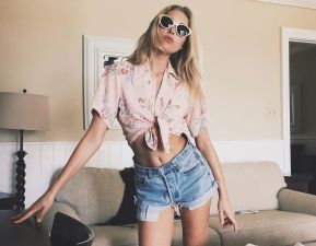 Best high waisted short denim outfits style 4