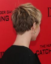 Cool back view undercut pixie haircut hairstyle ideas 4