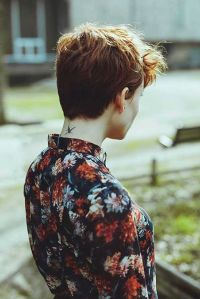 Cool back view undercut pixie haircut hairstyle ideas 40