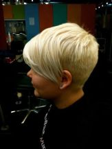 Cool back view undercut pixie haircut hairstyle ideas 51