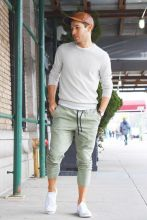 Cool mens joggers outfit ideas 31
