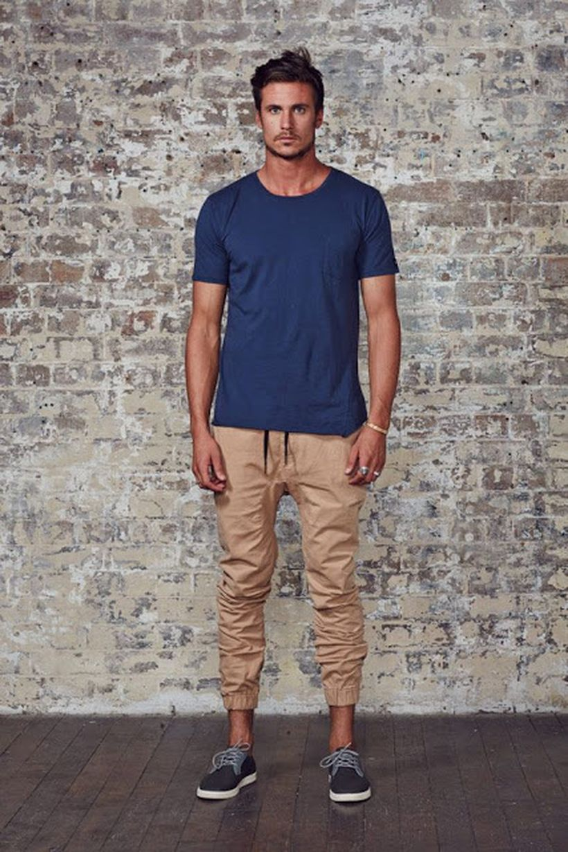 Cool mens joggers outfit ideas 44