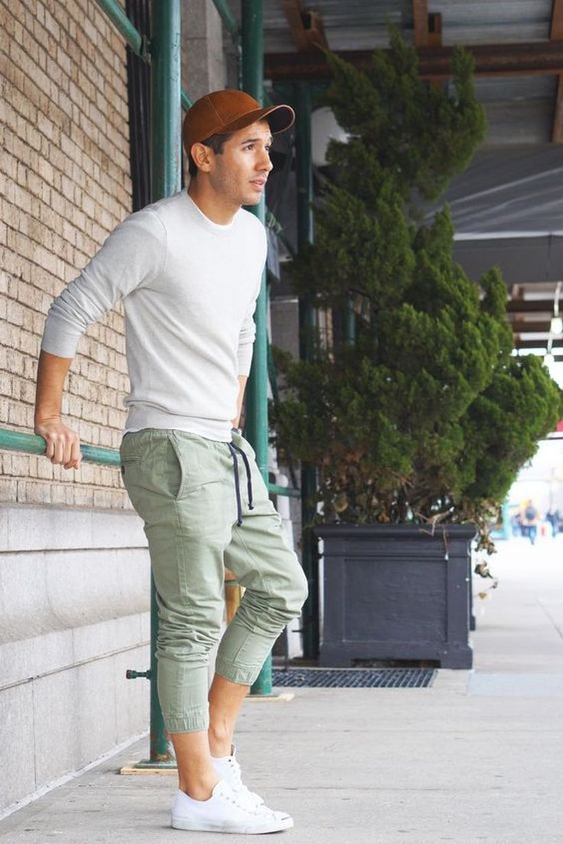 Cool mens joggers outfit ideas 45