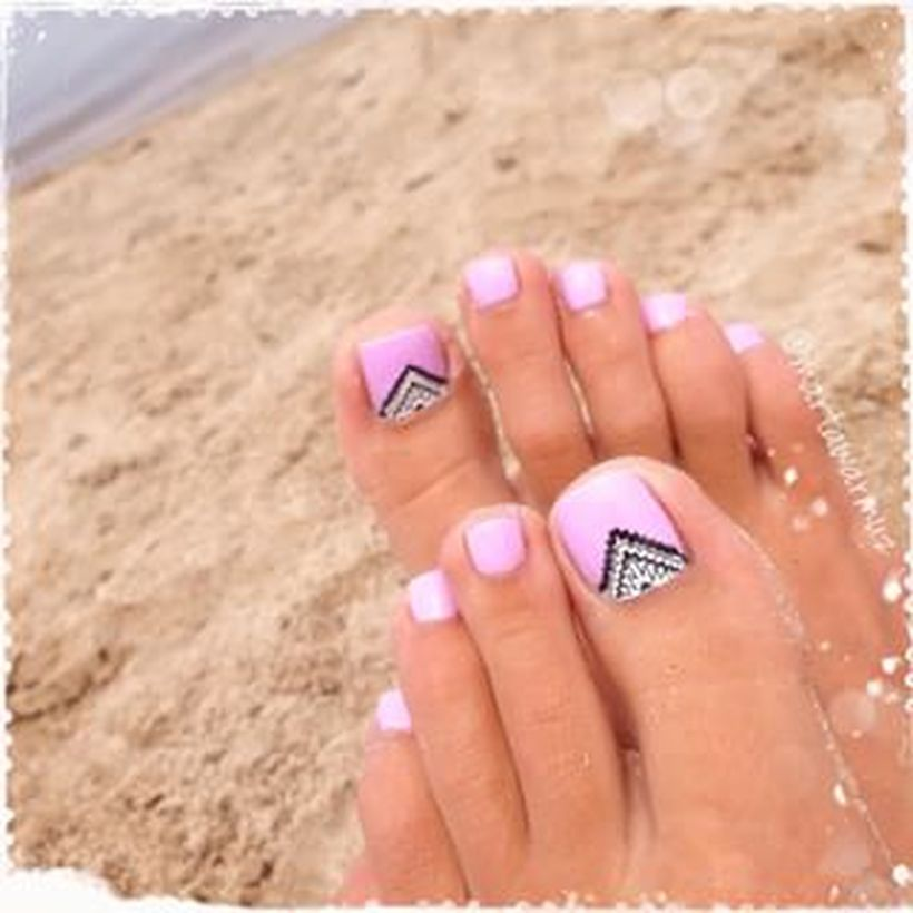 Cool summer pedicure nail art ideas 24