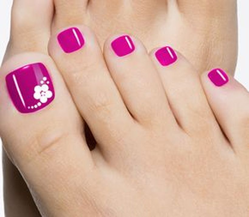 Cool summer pedicure nail art ideas 61