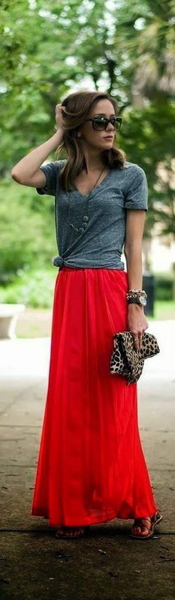 Cool tshirt and skirt for everyday outfits 10