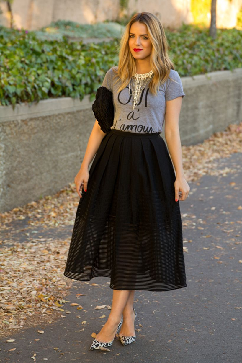 Cool tshirt and skirt for everyday outfits 24