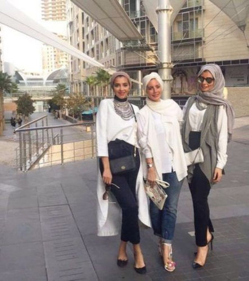 Elegant muslim outift ideas for eid mubarak 11