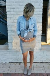 Fashionable maternity fashions outfits ideas 30
