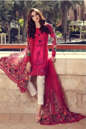 Fashionable muslim pakistani outfits 12