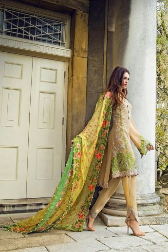 Fashionable muslim pakistani outfits 15