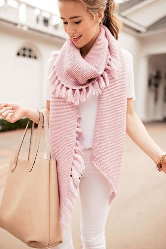 Fashionable scraves accessories ideas for cold weather 1