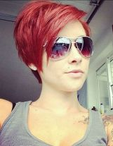 Funky short pixie haircut with long bangs ideas 45