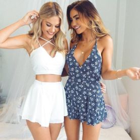 Gorgeous white two piece outfits ideas 35