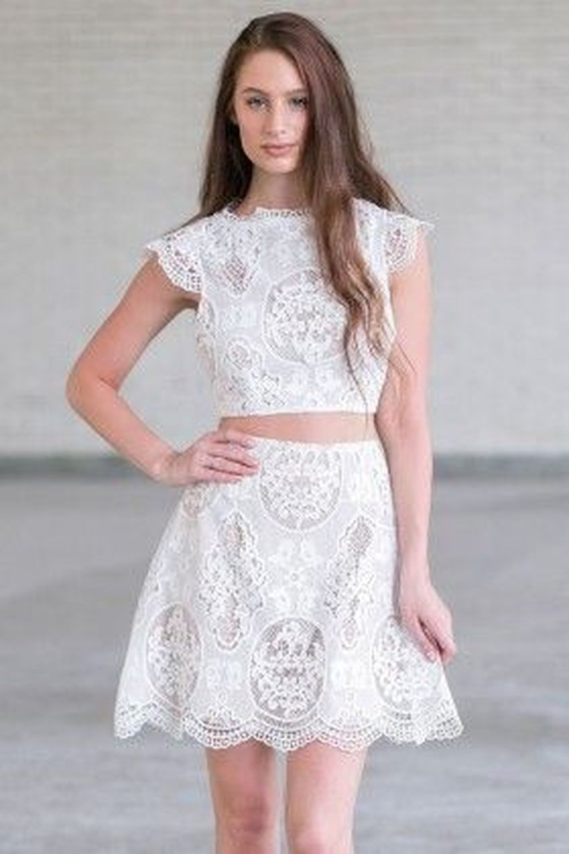Gorgeous white two piece outfits ideas 42