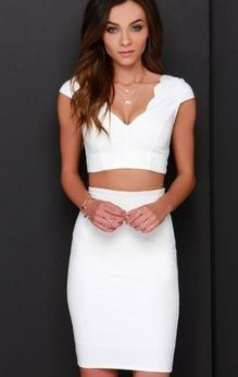Gorgeous white two piece outfits ideas 46