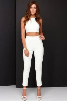 Gorgeous white two piece outfits ideas 59
