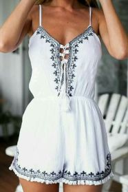 Gorgeous white two piece outfits ideas 6