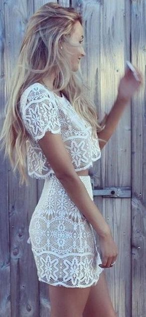 Gorgeous white two piece outfits ideas 8