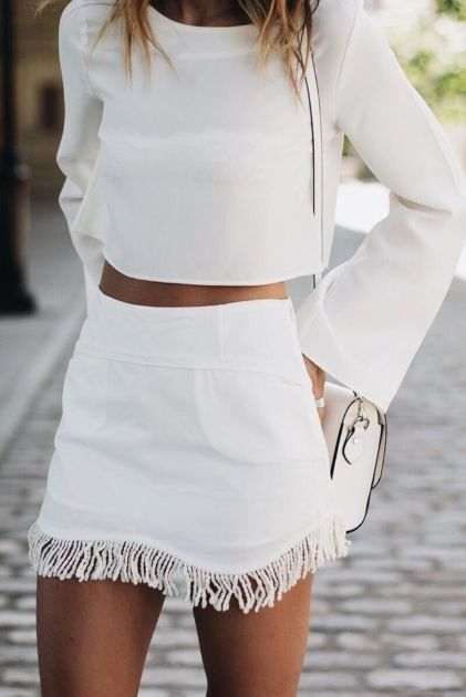 Gorgeous white two piece outfits ideas 9