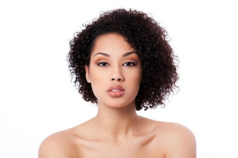 Stylist naturally curly haircuts ideas 2